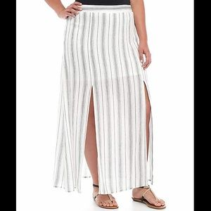 Love Fire Maxi Skirt W/ Front Slits Ivory Stripe